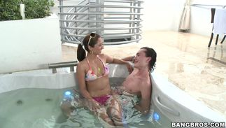 Overwhelming Reena Sky with curvy natural tits has her juice love tunnel thoroughly gangbanged