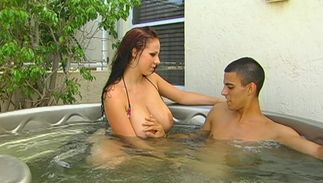 Cunning brown-haired Gianna Michaels with huge natural tits is getting fucked in the centre of the day and enjoying it