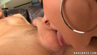 Tasty Mariah Milano with curvy tits works worthwhile meat in her little box